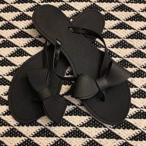 Shoes - Black Matte Bow Flip Flops